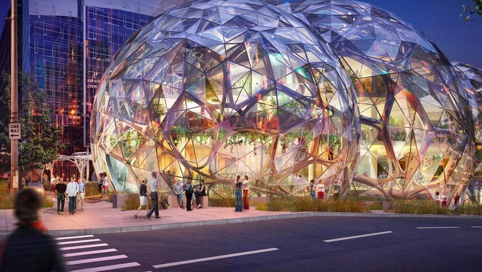 Amazon je dobil 238 ponudb s paketi spodbud za petmilijardno naložbo