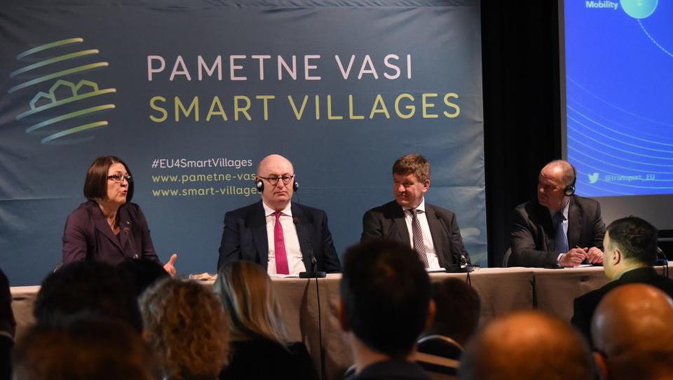 EU bo po 2020 s posebnimi projekti in evropskim denarjem razvijala pametne vasi
