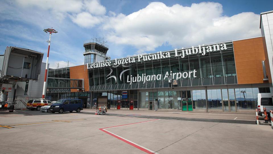 Na Brniku izbirajo izvajalca za širitev terminala, ki je v konicah že nekaj časa preobremenjen