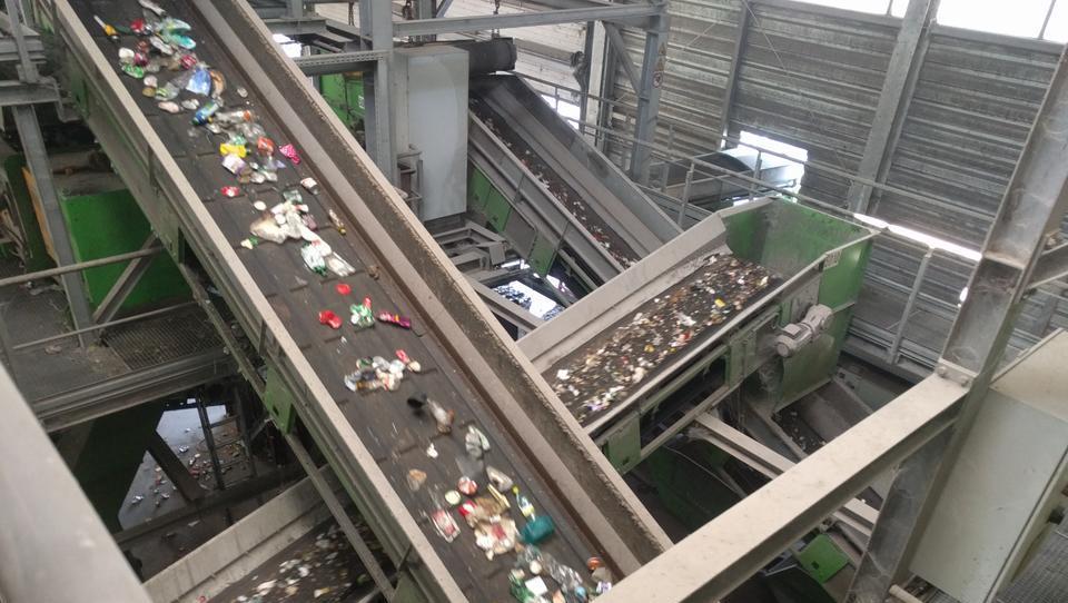 Vrsta neprijetnih in manj znanih resnic o recikliranju odpadkov