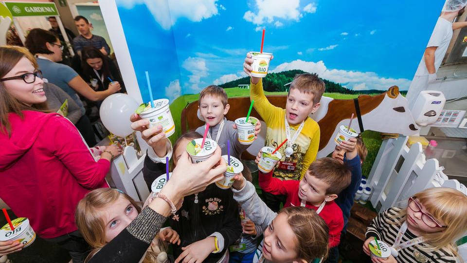 Mlekarna Krepko v BTC odprla mini mlekarno za otroke