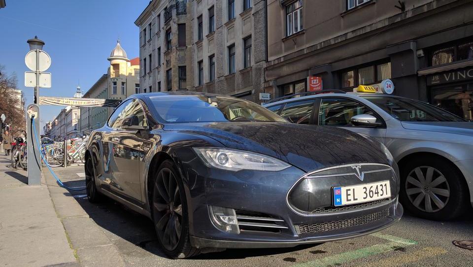 Zakaj električni avti ne bodo sesuli elektroenergetskega sistema