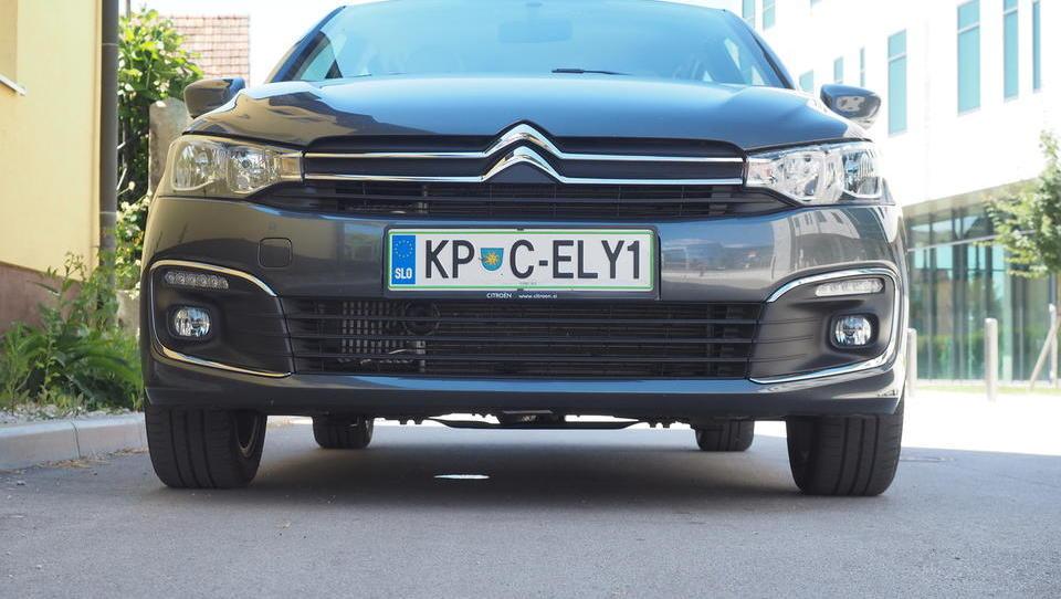 Citroën C-elysee: če stisnete zobe, je tole nakup desetletja