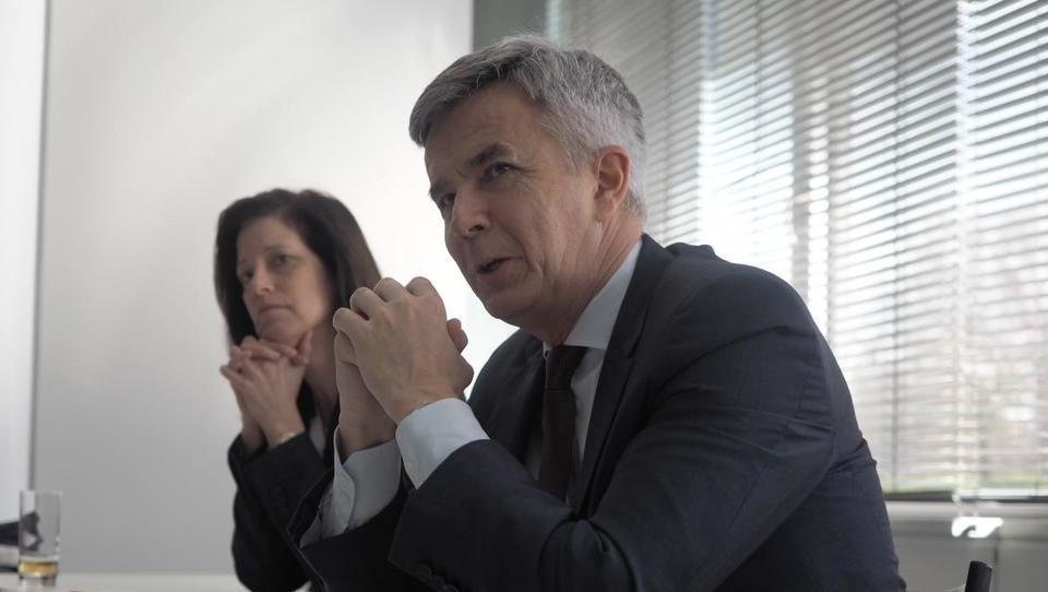 (intervju) Šef BMW: 'pospešeno vlagamo v umetno inteligenco'