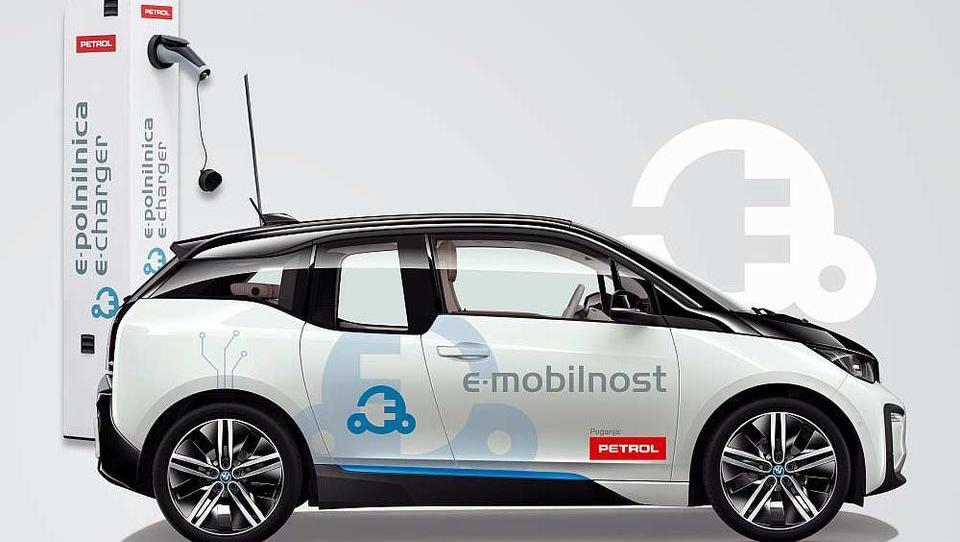 Prihodnost je v e-mobilnosti. Ste pripravljeni nanjo?