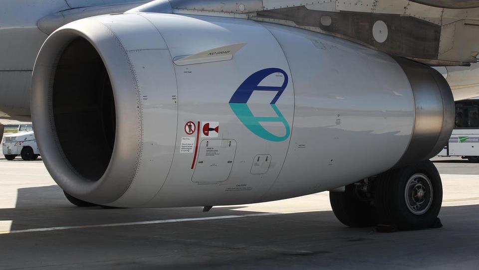 Adria Airways: Julija smo imeli 15 odstotkov več potnikov kot lani