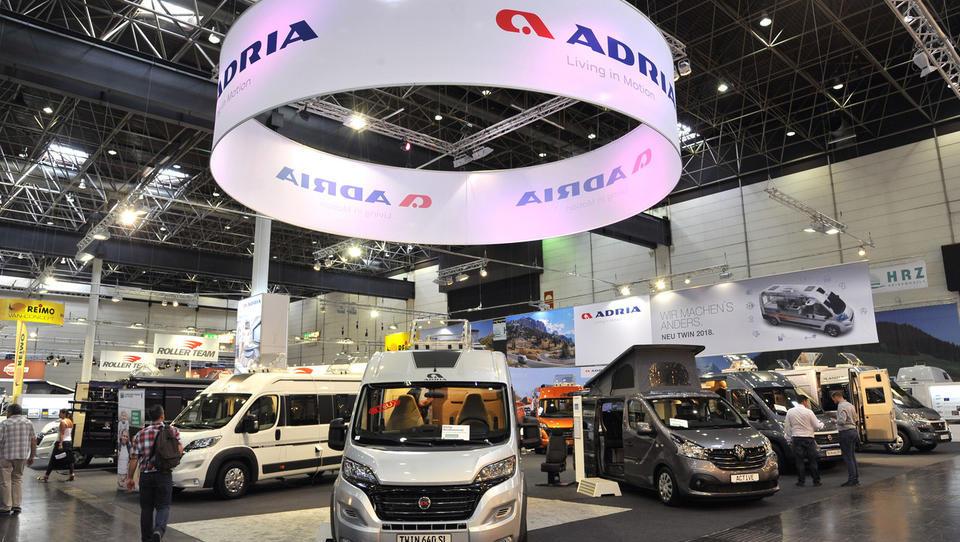 Adria Mobil tudi uradno francoska, ne več Rigelnikova