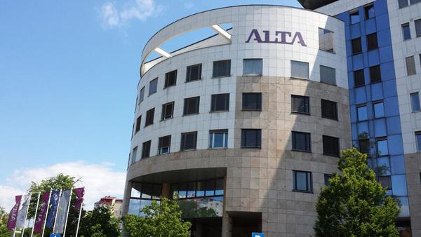 Alta Invest prodana BKS, Alta Skladi do konca tedna Triglavu