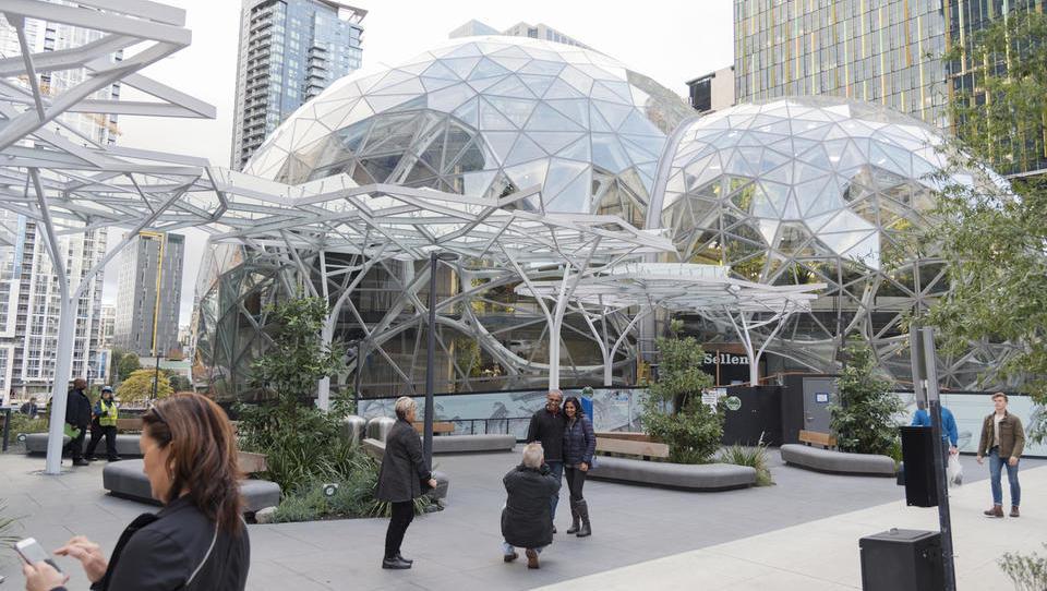 Amazon izbira lokacijo za petmilijardno naložbo, dobili so 238 ponudb županov