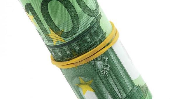 ZPS: Lani je bilo na bankah več podražitev. Katera je najdražja in katera najcenejša?