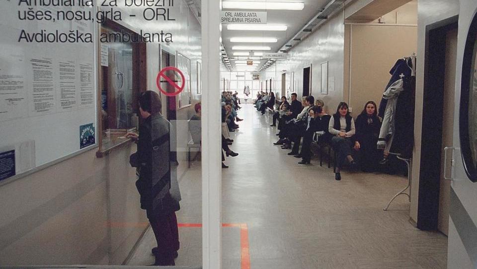 Pacienti, pozor, če ne pridete, ko ste naročeni, vas črtajo s čakalnega seznama