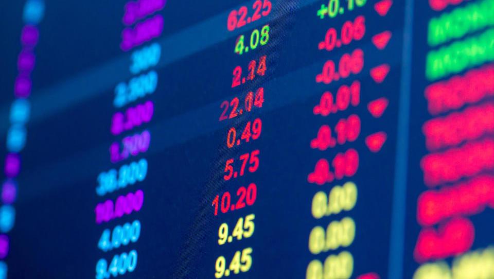 Kupci ostajajo brezbrižni do domačih delnic