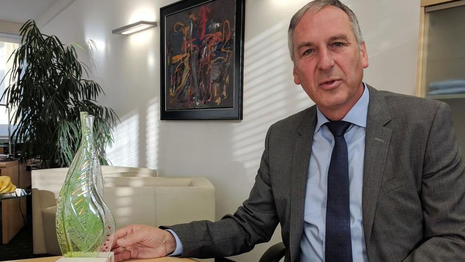 (intervju) 'Smo edina globalna družba, ki opravlja vse funkcije v Sloveniji'