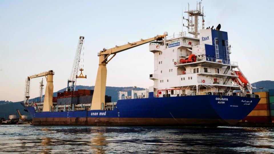 V Koper prihaja alžirski ladjar Cnan Med