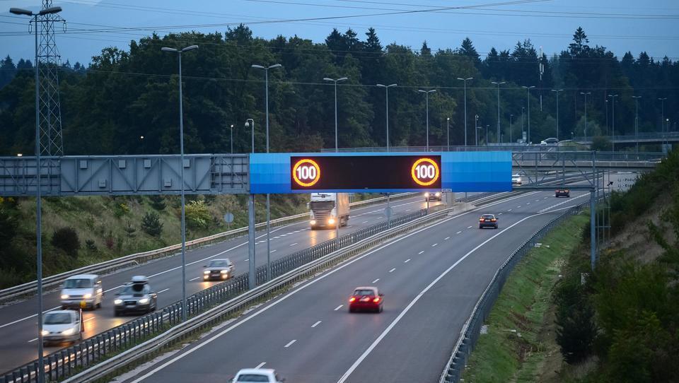 Kako DARS izkroišča morje podatkov s slovenskih avtocest