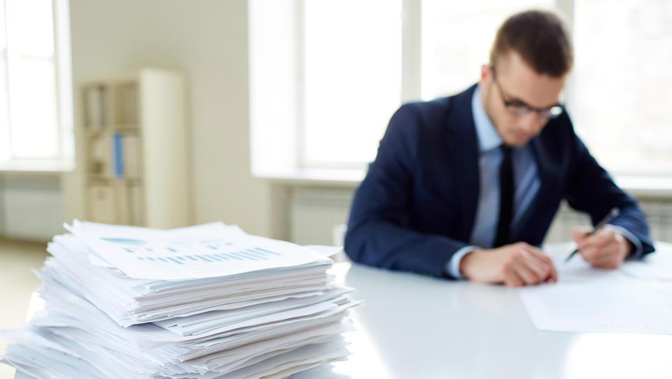Kako se lotiti poročanja, da boste uspešno počrpali denar za svoj projekt