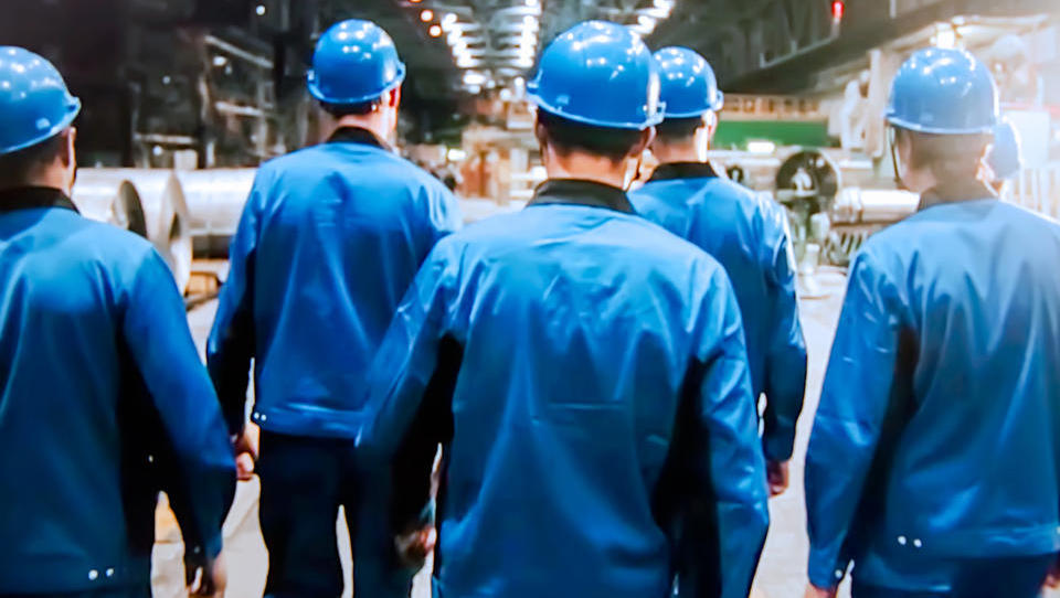 Minimalna plača kmalu več kot 700 evrov neto – bo privedla do odpuščanj in selitve proizvodnje?
