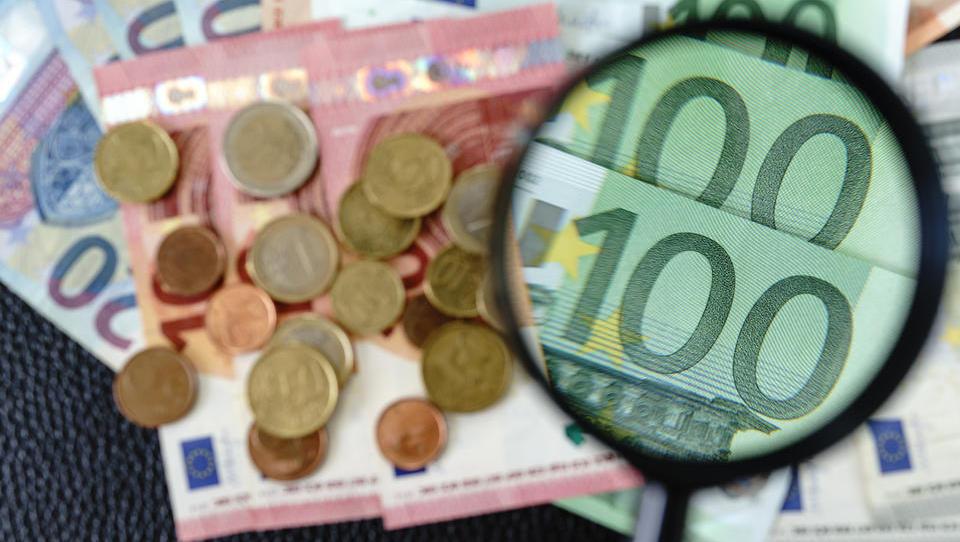 TOP razpisi tega tedna: Slovenski podjetniški sklad, Mariborska razvojna agencija, ministrstvo za infrastrukturo ...