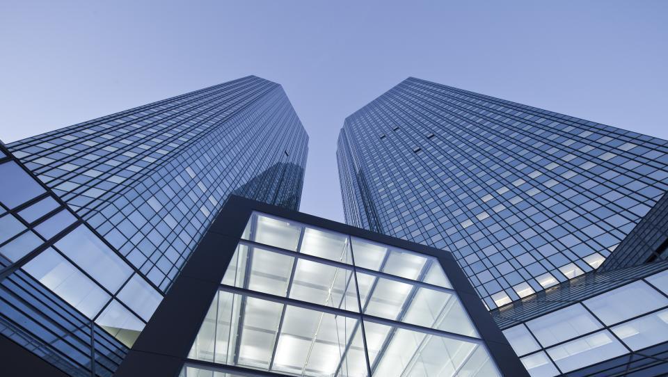 Deutsche Bank bo zaprl četrtino poslovalnic v Nemčiji