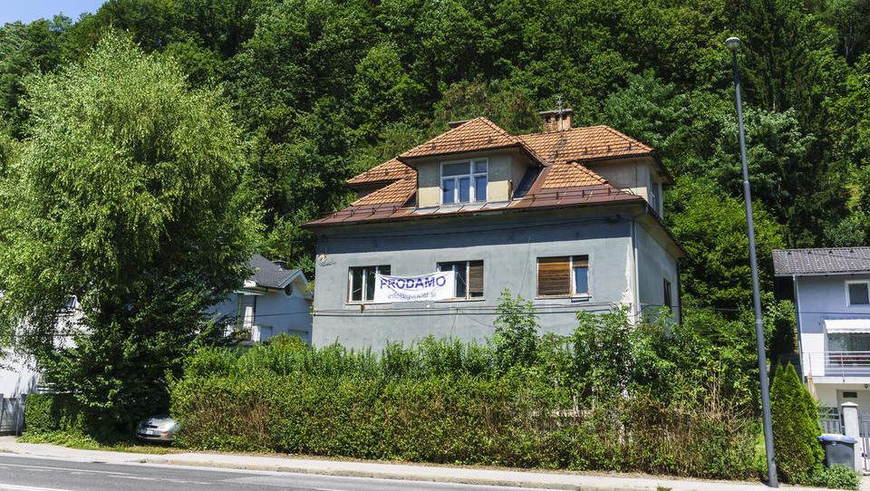 Hiša na Dolenjski cesti iz stečaja Stikinga vendarle prodana