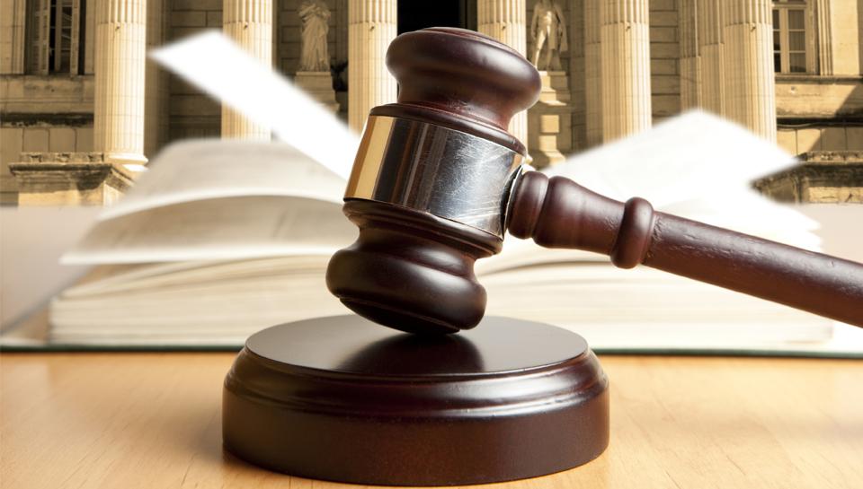Vrhovno sodišče: Cerarjeva kampanja za drugi tir je bila nedopustno enostranska! Iz davkoplačevalskega denarja