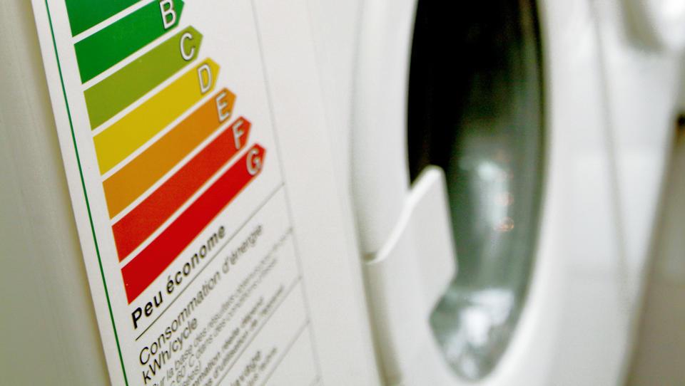 EU spet spreminja energijske nalepke