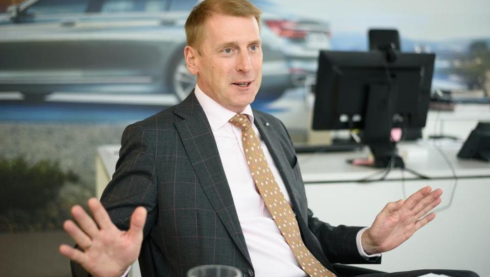 (intervju) 'BMW 760i v Sloveniji stane 80 tisoč evrov več kot v Nemčiji. Zaradi bizarno visokih davkov'
