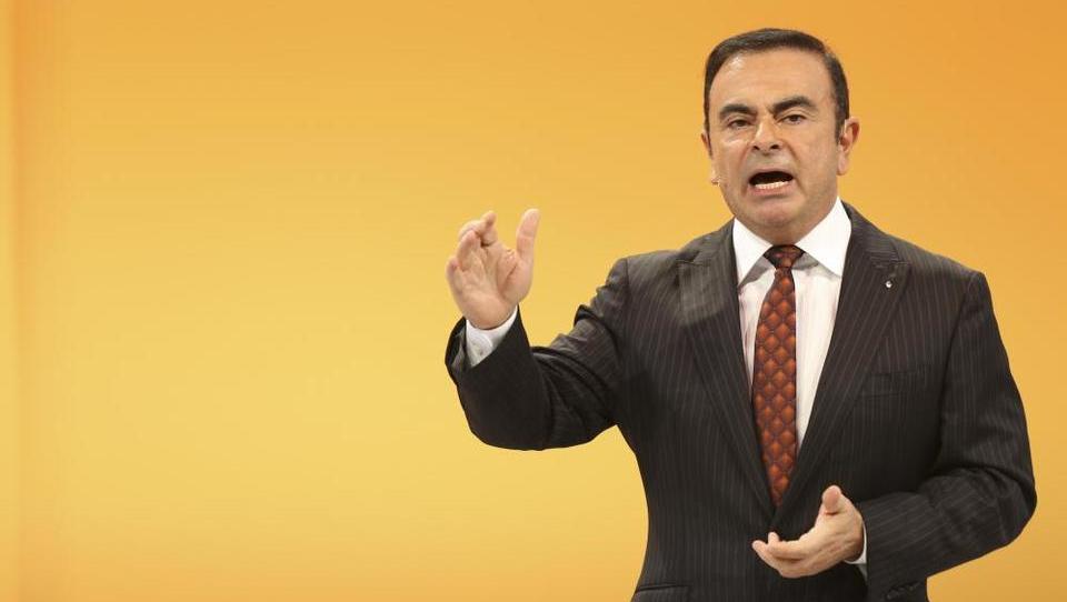 Šef Renaulta Carlos Ghosn na tnalu politike