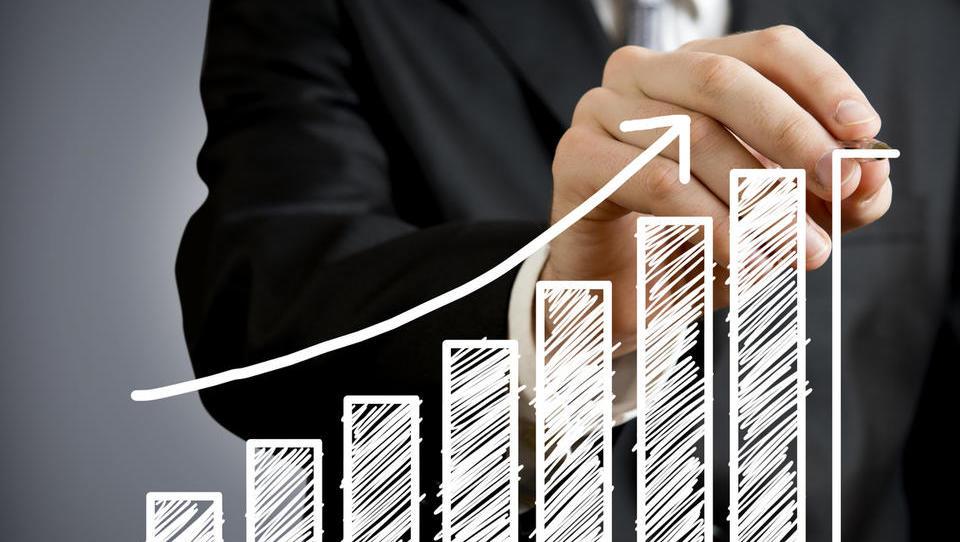 Nadpovprečna rast poljskega gospodarstva ponuja številne priložnosti