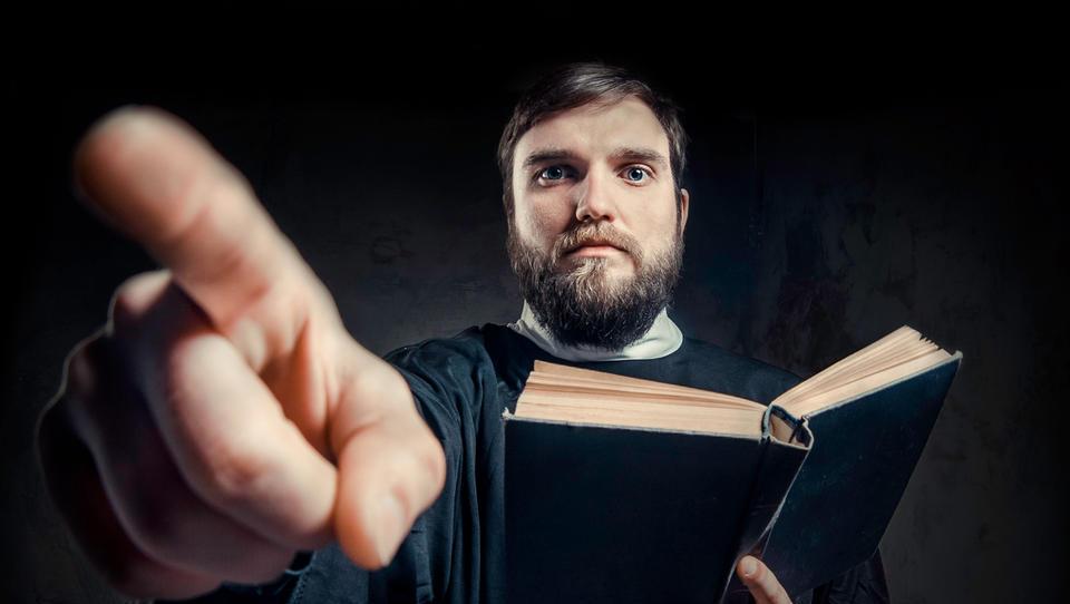 Top službe tedna: Iščejo izganjalce hudiča! Ne spreglejte še 20 tuzemskih priložnosti