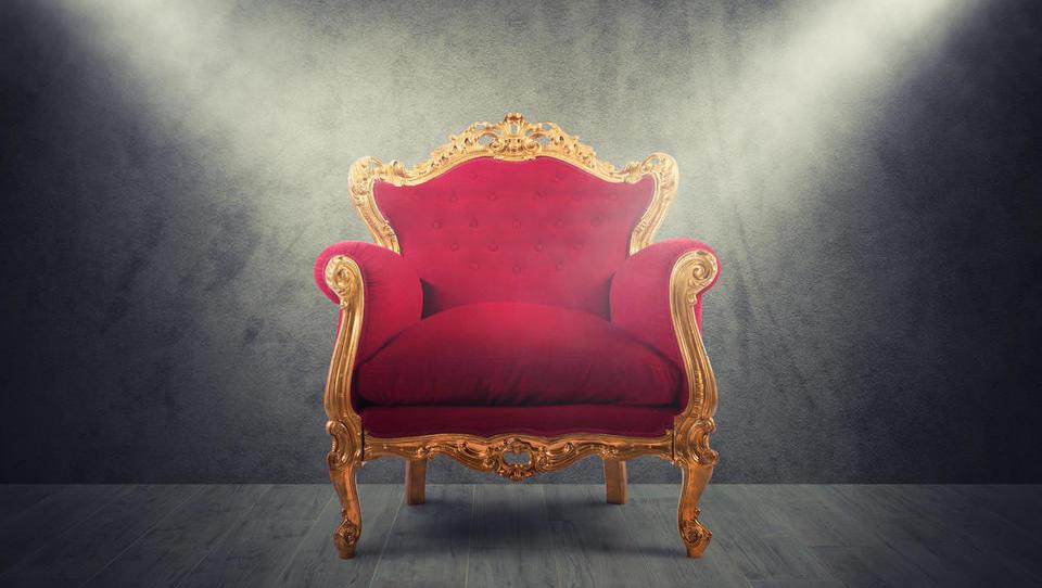Kako podjetne so občine in kako udoben je županski prestol?