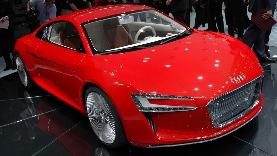 Prevzemite brezplačnih 50 eur in trgujte z delnicami Audija