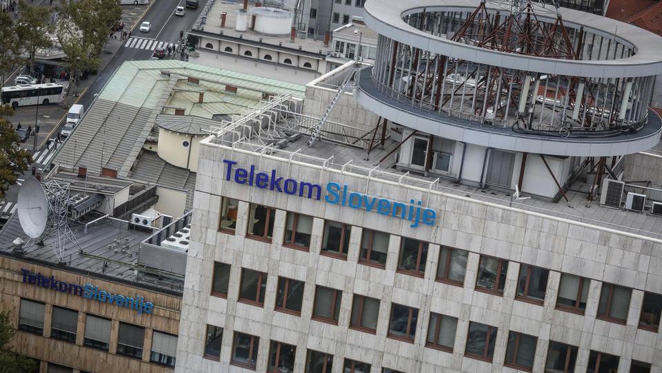 Telekom Slovenije: prihodki navzdol za pet odstotkov, dobiček za dve tretjini