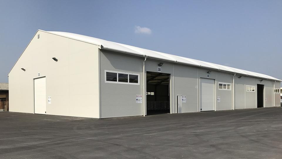 Gradbinci imajo letos veliko dela z gradnjo novih logističnih centrov
