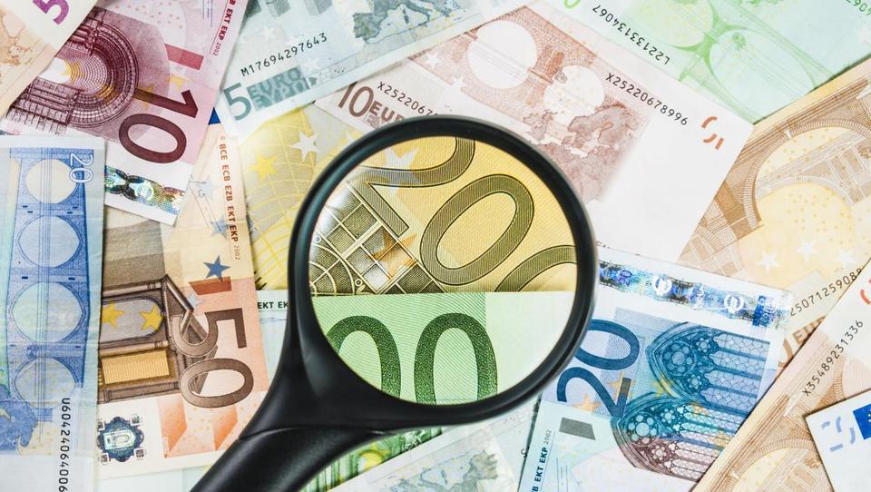 Hitri pregled tedna: rusko opozorilo Hrvatom, prihajajo iranske banke, za koliko denarja bi se avstrijski Turk izselil iz Avstrije