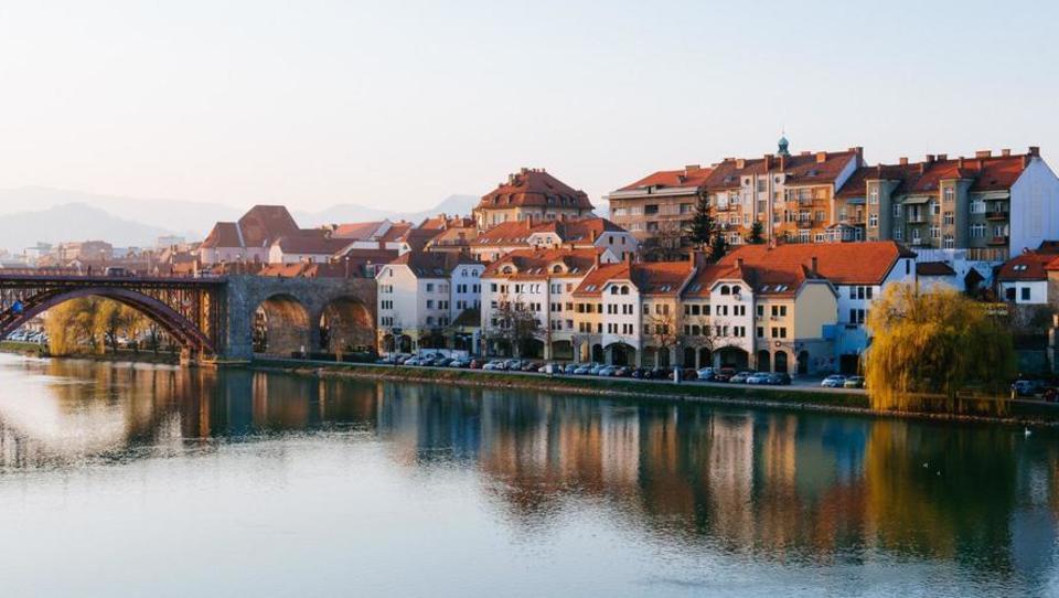 Čudež?! V Mariboru bodo podjetniki in podjetja večinoma plačevali manj NUSZ