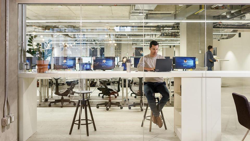 Microsoft Teams je najhitreje rastoča aplikacija za pogovore in...