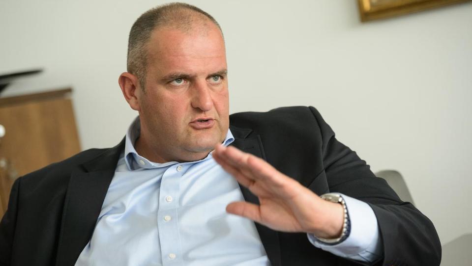 Hrvaško pristanišče bo gradil Miklavčičev GH Holding