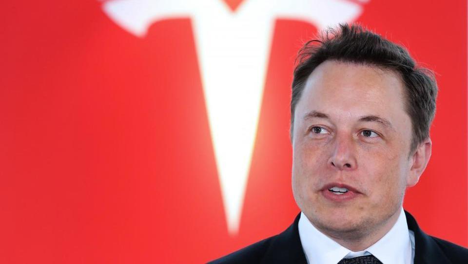 Musk: Zaprte tovarne General Motorsa bi lahko kupila Tesla