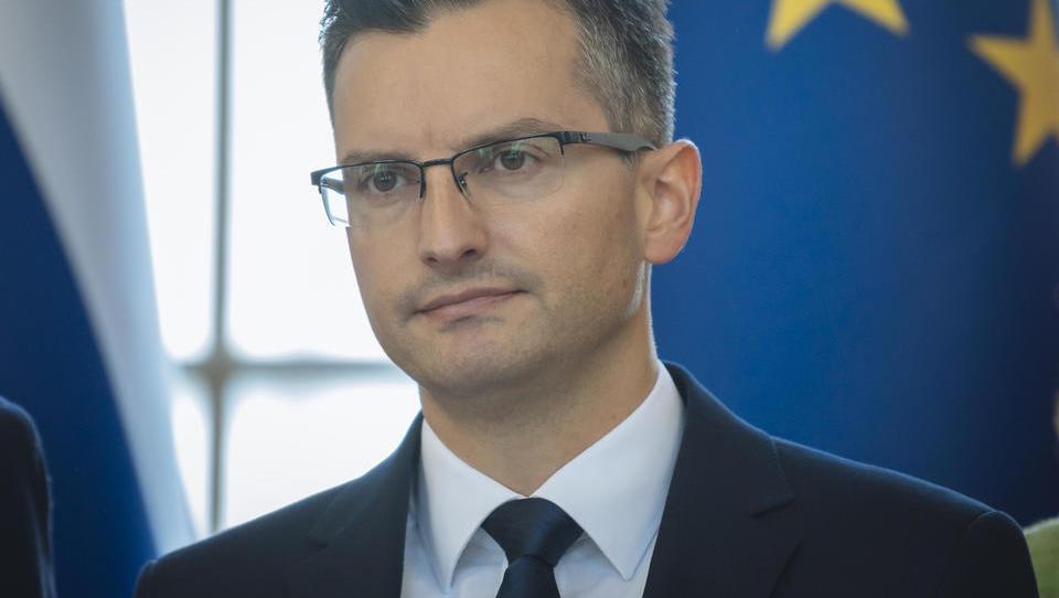 Vladi zaradi proračuna žuga Bruselj, s sindikati pa se začenjajo naporna pogajanja