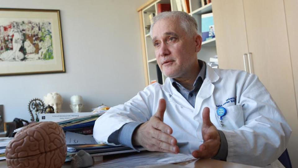 Nekdanji predstojnik se bo še naprej ukvarjal z demenco