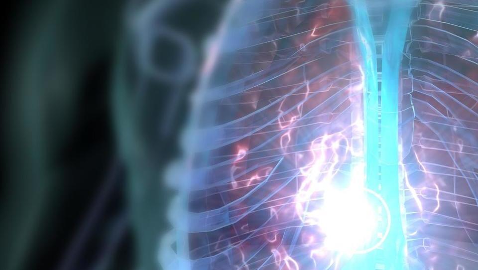 Pri katerih bolnikih je smiselno zdravljenje s kortikosteroidi?
