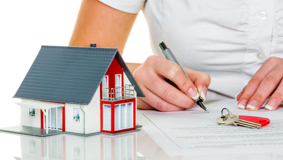Ana s prodajo stanovanja zaslužila 72 tisoč evrov!