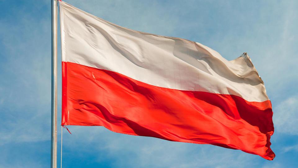 Poljska bi vodila 'počasnejšo EU'. Vabijo tudi nas. Politiki, da vam ne pride na pamet!
