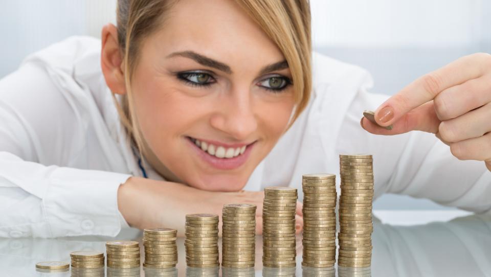 Za nižjo dohodnino več otrok ali varčevanje za pokojnino
