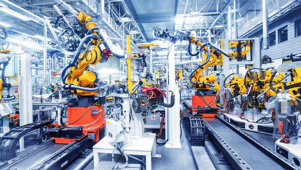 Napredne tehnologije v proizvodnji: Industrijski roboti in IKT na...