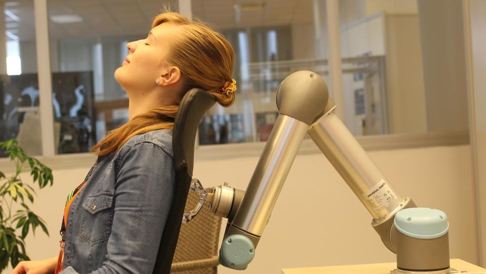 Zakaj se slovenski študent ne boji robota?
