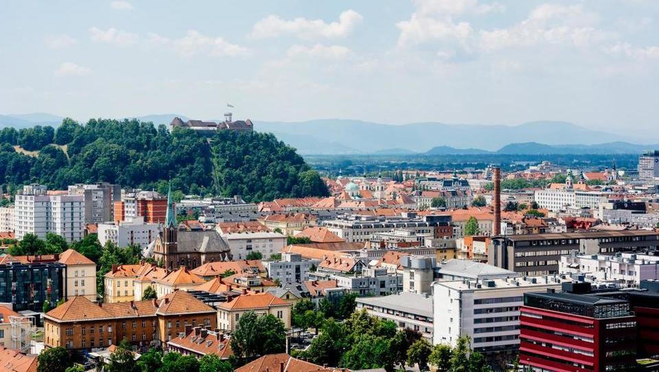 Razkrivamo, kako so se na dražbah prodajala stanovanja v Ljubljani