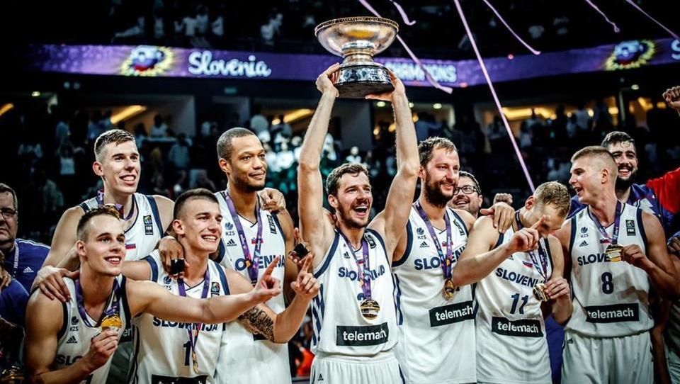 Slovenski košarkarji na evropskem prvenstvu zlati