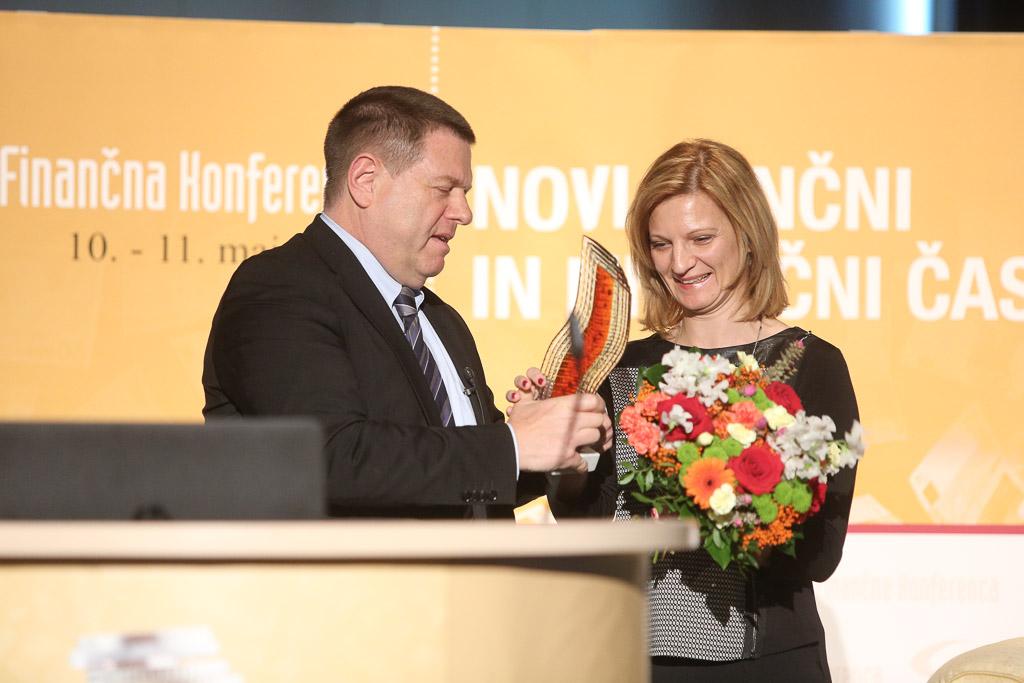 Najfinančnica leta 2015 je Magdalena Šurina